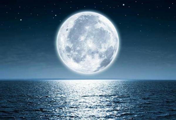 चंद्रमा को मिला श्राप आपके लिए बन सकता है अभिशाप, कलंकित होने से बचें