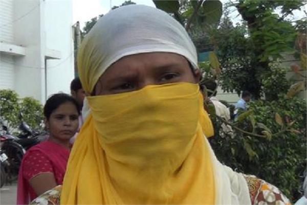 ससुराल में ननद और जेठ चलाते थे सैक्स रैकेट, विरोध पर पति ने पत्नी को भी बेचा
