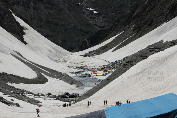 अमरनाथ यात्रा: अब तक 2,56,361 श्रद्धालुओं ने किए हिम शिवलिंग के दर्शन