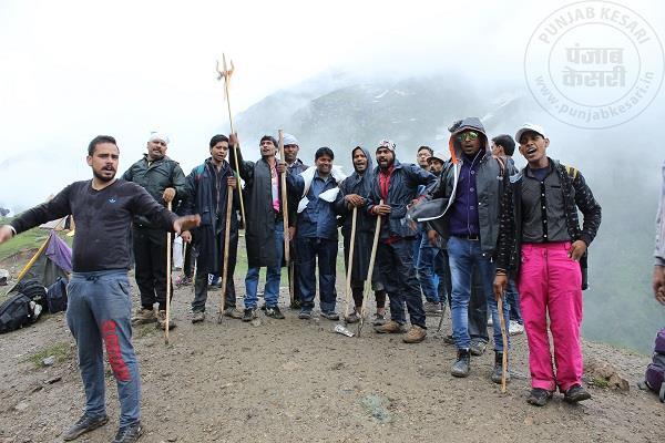 अमरनाथ यात्रा: 205 यात्रियों का नया जत्था जम्मू से रवाना