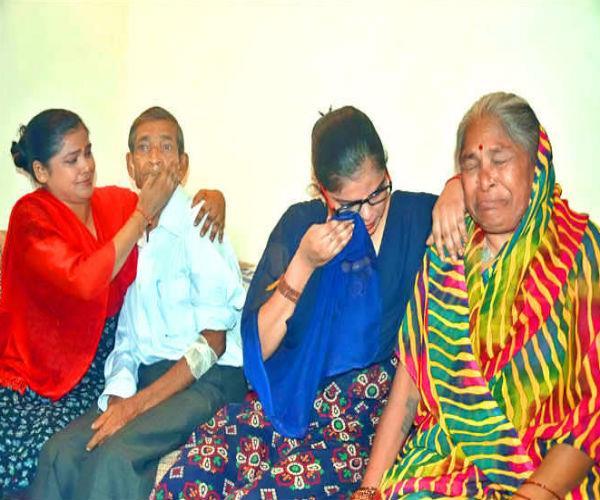बुजुर्ग दम्पति ने CM से की इच्छामृत्यु की मांग, वजह कर देगी हैरान
