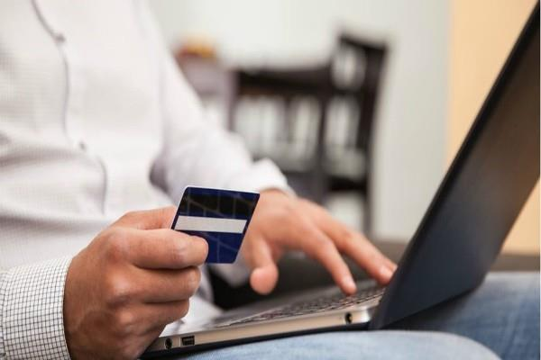 यह बैंक लेकर आया इंस्टैंट क्रेडिट कार्ड, चुनिंदा ग्राहकों को मिलेगा फायदा
