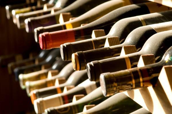 अवैध शराब सहित 2 काबू
