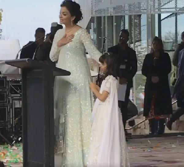 aishwarya becomes 1st woman to raise indian flag