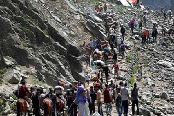 अमरनाथ के लिए तीर्थयात्रियों का 33 वां जत्था रवाना