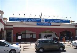 लखनऊ एयरपोर्ट पर यात्री की तबियत बिगड़ने से मौत, मचा हड़कंप