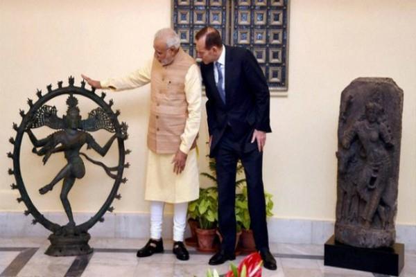 मोदी सरकार की बड़ी सफलता, लूटी गई 24 दुर्लभ मूर्तियां लाई गईं भारत वापिस