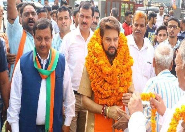 हिमाचल विधानसभा चुनाव: हाईटैक रथ से रण में उतरी BJP, विरोधियों को ऐसे करेगी चित