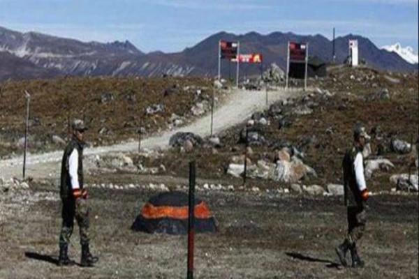 डोकलाम विवाद:100 मीटर पीछे हटने को तैयार चीनी सेना, मगर भारत इस बात पर अड़ा
