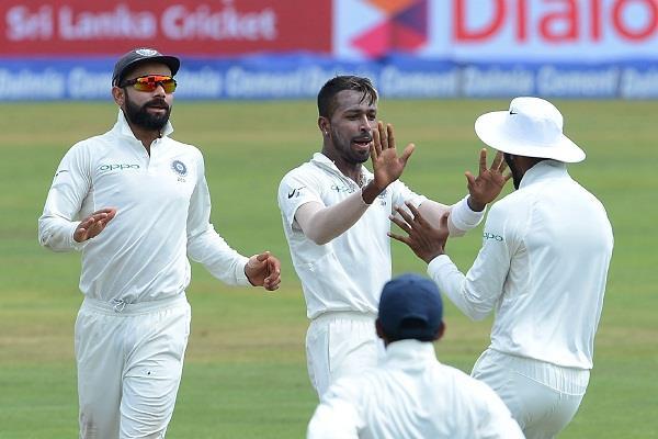 दूसरे दिन भी श्रीलंका के बल्लेबाज पस्त, भारत 333 रन आगे