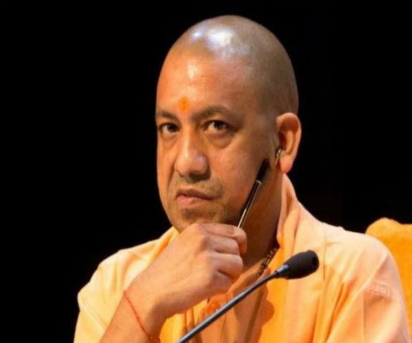 'योगी सरकार के पास ऑक्सीजन खरीदने का पैसा नहीं, प्रचार के लिए दिए 86 करोड़ रुपए'
