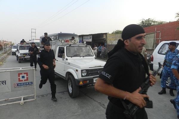 डेरा प्रमुख की सुनवाई को लेकर पुलिस अलर्ट, CBI कोर्ट जाने के सभी रास्ते सील