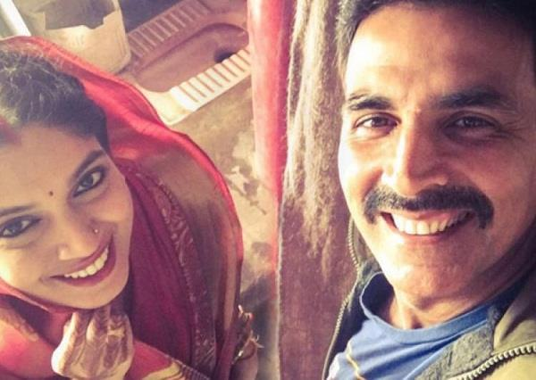movie review  toilet ek prem katha