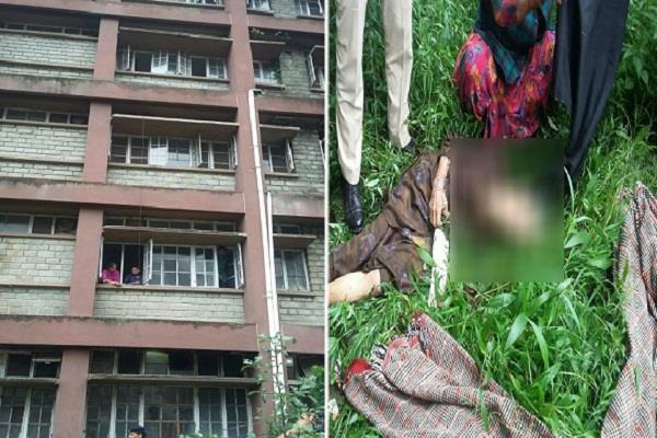 छुट्टी मिलने से पहले ही महिला की दर्दनाक मौत, अस्पताल में मचा हड़कंप