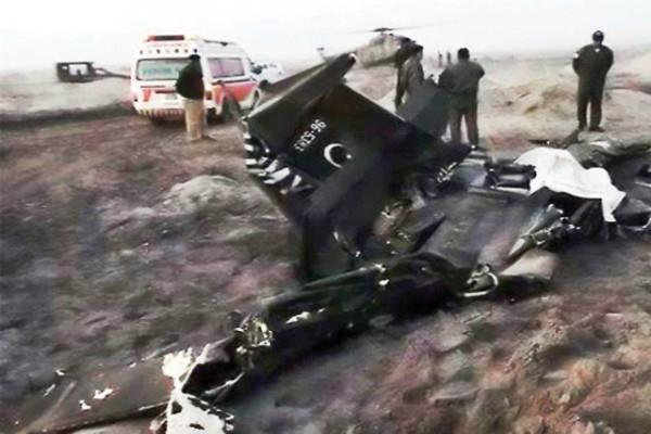 PAK वायुसेना का विमान दुर्घटनाग्रस्त, पायलट की मौत