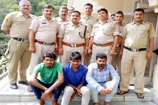 छात्रा से दुष्कर्म का आरोपी व 2 किडनैपर ऐसे चढ़े पुलिस के हत्थे