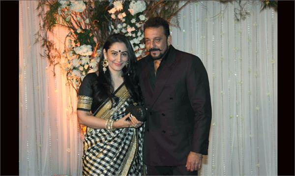 sanjay dutt and her wife dance video is going viral on social media