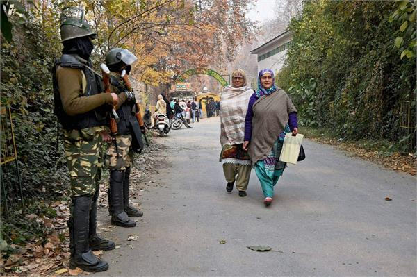 more troops deployed in south kashmir