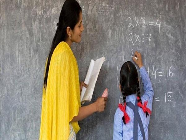 शिक्षकों के लिए जरूरी खबर, हिमाचल सरकार ने लगाई इस प्रक्रिया पर रोक