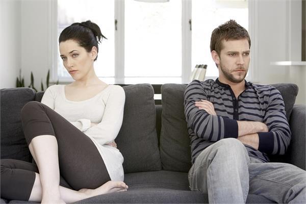 रिश्ता टूटने की कगार पर हो तो मिलते है ये 5 संकेत