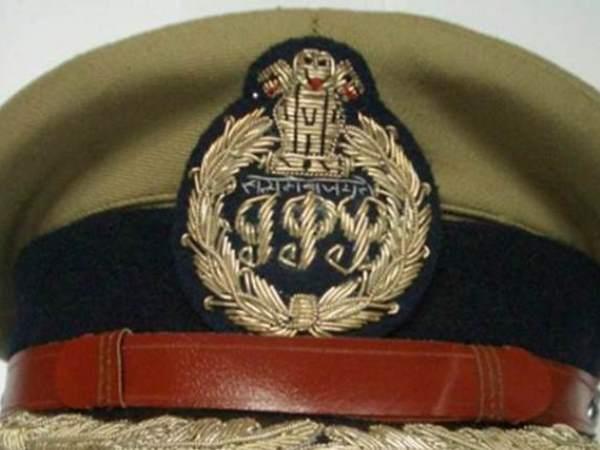 उत्तर प्रदेश सरकार ने किये 29 IPS अधिकारियों के तबादले