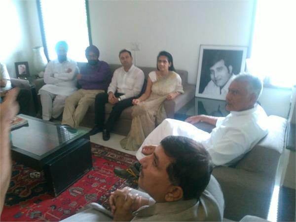 जाखड़-कविता खन्ना में मुलाकात से कांग्रेस और भाजपा में भूचाल