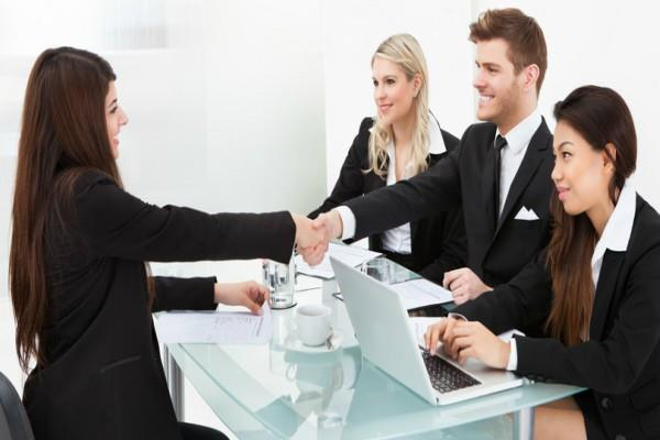 इंटरव्यू के दौरान इन बातों का रखें ध्यान, मिलेगी सफलता