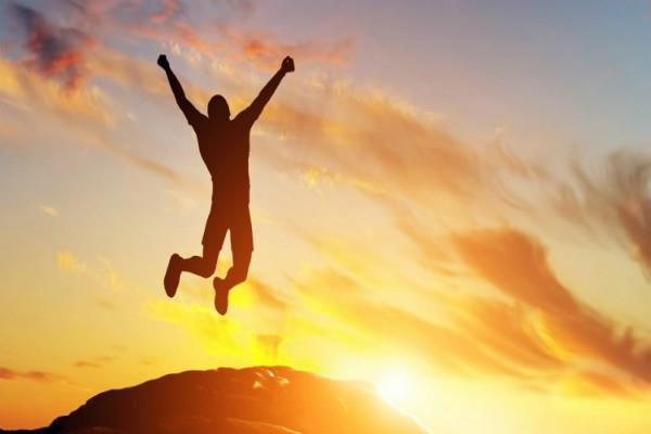 सकारात्मक सोच के जादू से जीवन बनेगा खुशहाल, आजमा कर देखें