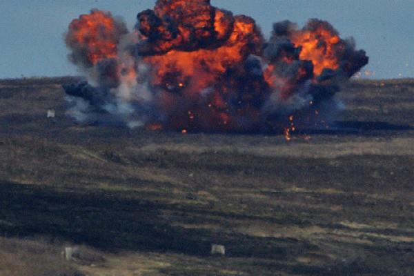 रूस ने IS कमांडर्स पर गिराया ''फादर ऑफ ऑल बॉम्ब'', 40 आतंकी ढेर