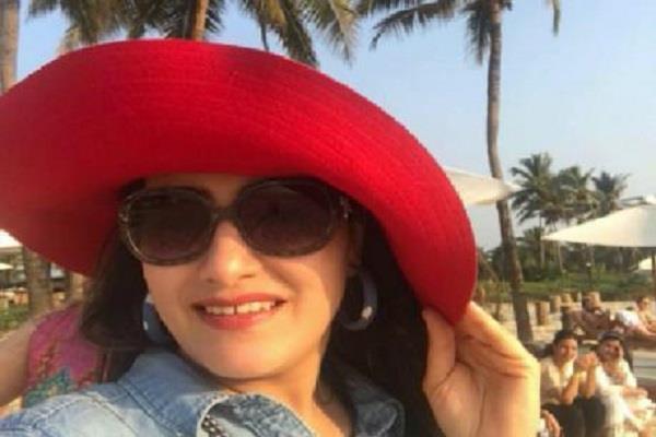 सोशल मीडिया पर हनीप्रीत की गिरफ्तारी की चर्चा!