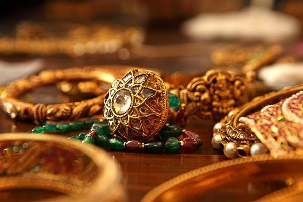 Gold की चमक बढ़ी, जानें 10 ग्राम की खरीद पर देने होंगे कितने दाम?