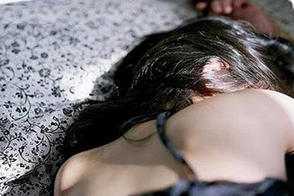 विधवा महिला को घर में अकेला देख जीजा ने बनाया हवस का शिकार
