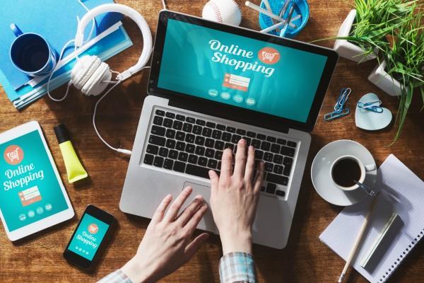 Online शॉपिंग करनी पड़ी महंगी, पैसे ले कंपनी ने किया फ्रॉड