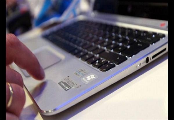 बेखौफ बदमाशों ने किया करोड़ों रुपए के लैपटॉप पर हाथ साफ, वारदात CCTV में कैद