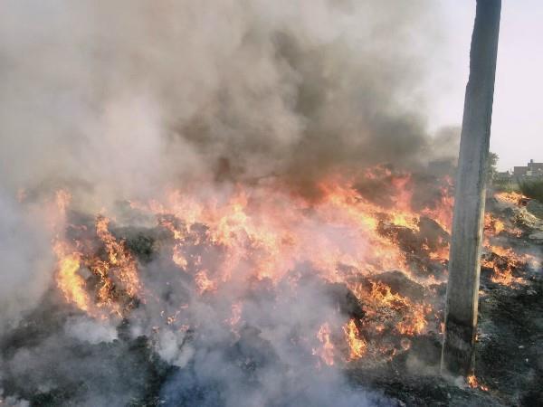 लुधियानाःप्लास्टि फैक्टरी में लगी भयानक आग