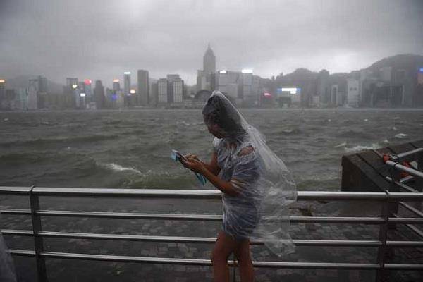 चीन में भारी वर्षा के बाद 8 लोगों की माैत, 7 लापता