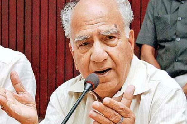 शांता ने कांग्रेस पर साधा निशाना, बोले-70 वर्ष पहले भारत को आजादी तो मिली पर ईमानदार नेता नहीं