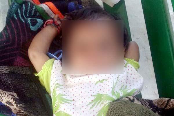 मां की ममता हुई शर्मसार, ऐसी हालत में छोड़ दी 6 माह की मासूम