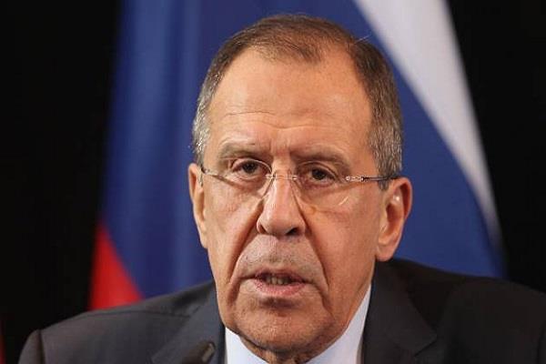 अरब देश कतर से बातचीत कर दूर करें मतभेद: रूस