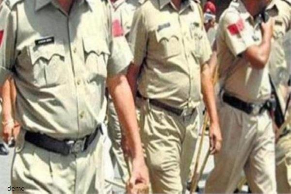गुरदासपुर उपचुनाव: अकाली दल, भाजपा का आयोग से पुलिसर्किमयों के तबादले का आग्रह