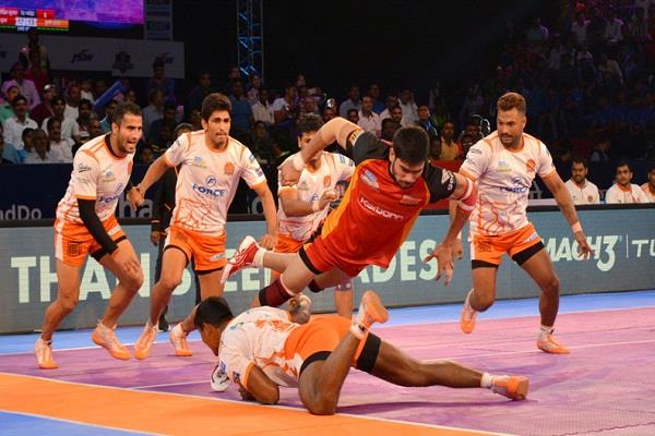 प्रो कबड्डी लीग में बेंगलुरू बुल्स ने पुणेरी पल्टन को 24-20 से हराया