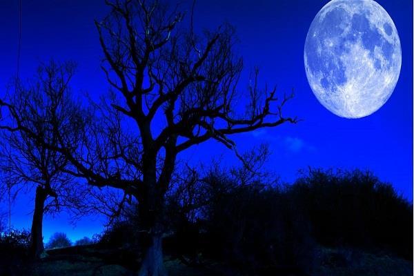 2018 के पहले चंद्रग्रहण पर 77 मिनट तक दिखेगा अद्भुत नजारा