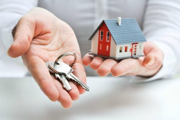 जानिए क्या है मकान खरीदने की सही उम्र?