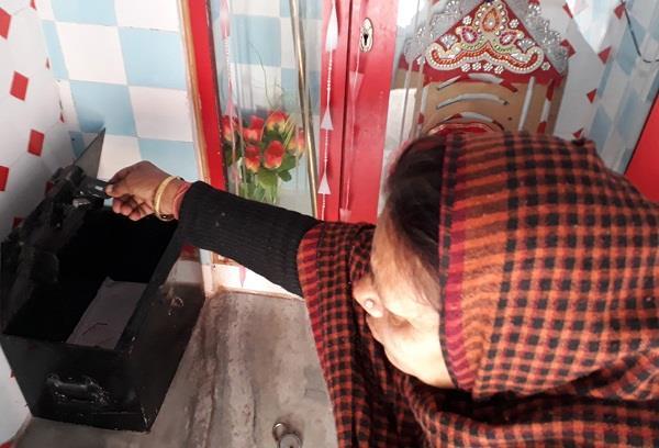 चोरों ने धार्मिक स्थानों पर दिया लूट की वारदात को अंजाम