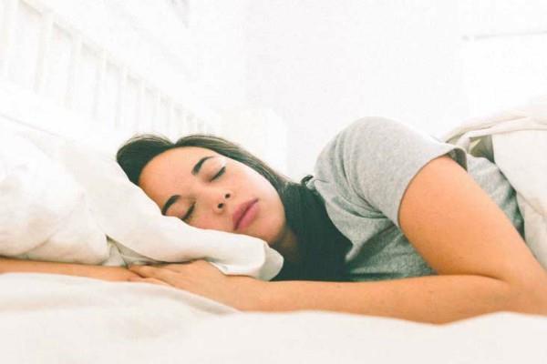 सोने से पहले करें ये काम, नहीं सताएंगे बुरे स्वप्न
