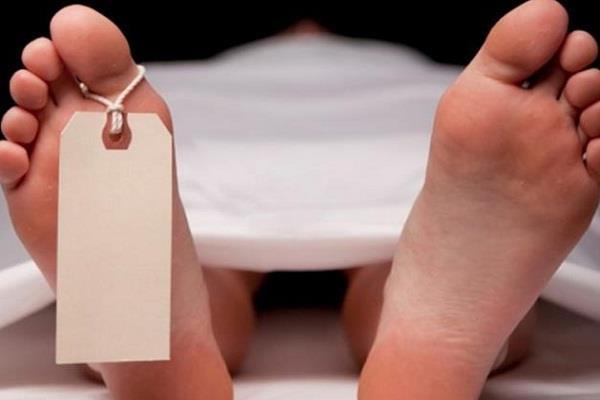 सड़क दुर्घटना में 2 की मौत
