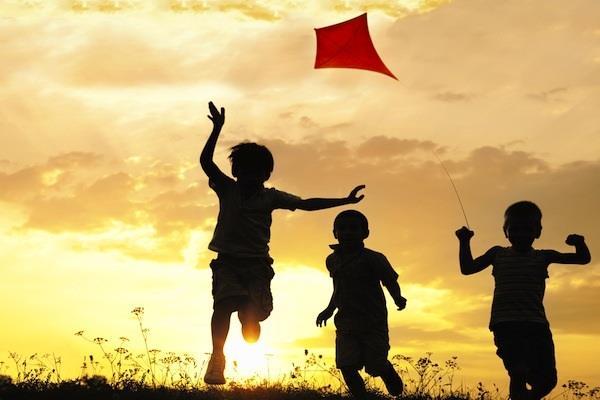 पतंग जरूर उड़ाओ, पर किसी के जीवन की डोर न कटे
