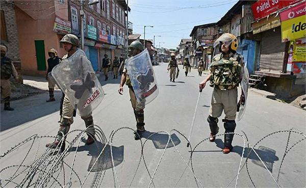 अलगाववादियों के बंद के आहवान पर आज श्रीनगर में कड़े सुरक्षा बंदोवस्त
