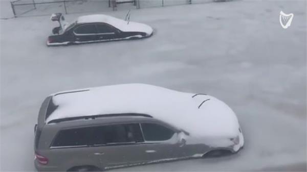 अमरीका में भारी बर्फबारी व बाढ़ का कहर, इंगलैंड में भी हालात खराब