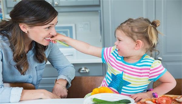 बच्चों में ये आदतें देख दूसरे भी करेंगे उनकी तारीफ